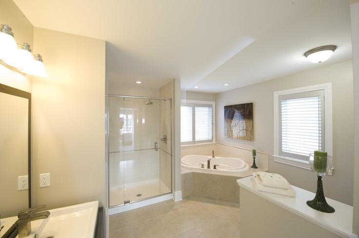 #Essex, Bathroom
