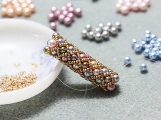 Tubular Netting - The tute referrenced in the blog post no longer links (May 1, 2015)  You might consider this tutorial: http://inspirationalbeading.blogspot.com/2014/03/beading-tutorial-tubular-pearl-netting.html  #Seed #Bead #Tutorials