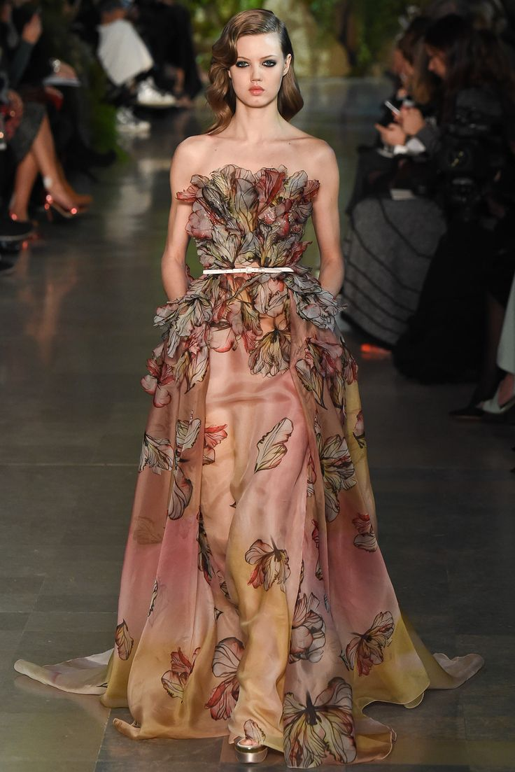 Elie Saab Spring 2015 Couture Look 54 - Lindsey Wixson