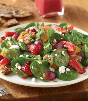 This Spinach Sweet Crisp Salad at Corner Bakery Cafe is made with baby spinach, strawberries, oranges, red grapes, dried cranberries, green onions, and creamy goat cheese with raisin pecan sweet crisps and our homemade pomegranate vinaigrette.    Can we get a yum for this Healthy Dining choice?    Find more choices and nutrition here: http://www.healthydiningfinder.com/restaurant/Corner_Bakery_Cafe
