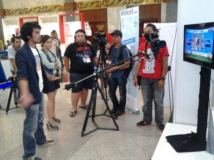 Tim Kompas TV mampir ke booth! #infokost #inaicta