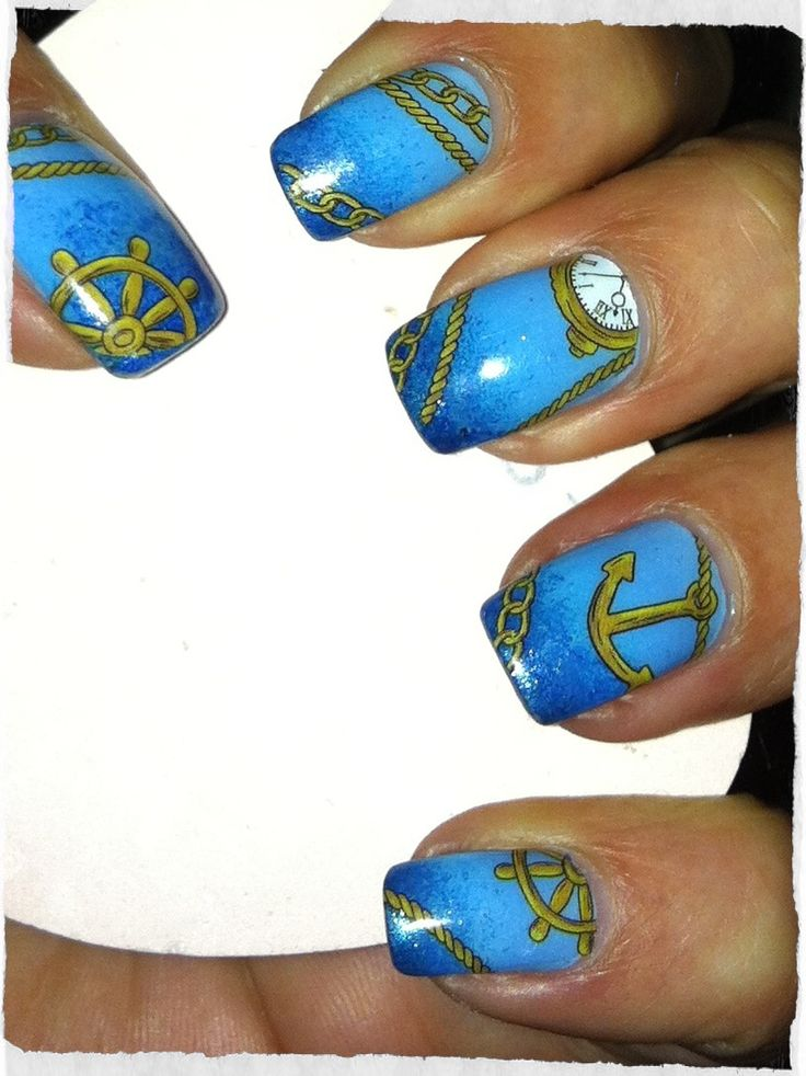 Maritime nail art