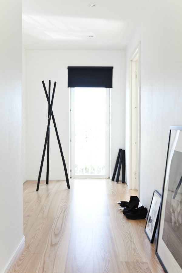 DIY, black wooden hanger