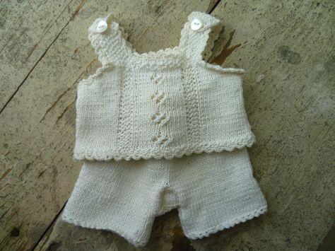 nostalgisch poppen ondergoed. Poppen ongeveer 35 cm