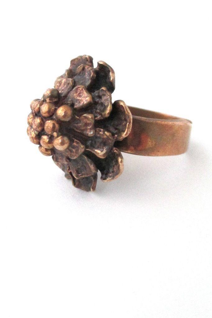 Pentti Sarpaneva bronze ring