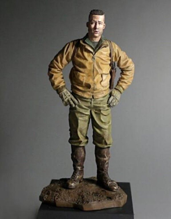 [FREE SHIPPING] 1/16 Scale 120mm Unpainted Resin Figure Model Fury Tank captain #Unbranded