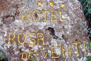 hotel-rosa-dei-venti_slider_giardino-sasso-1