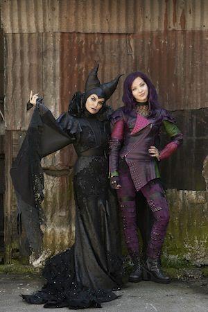 disney descendants mal and evie - Google Search | Costumes ...