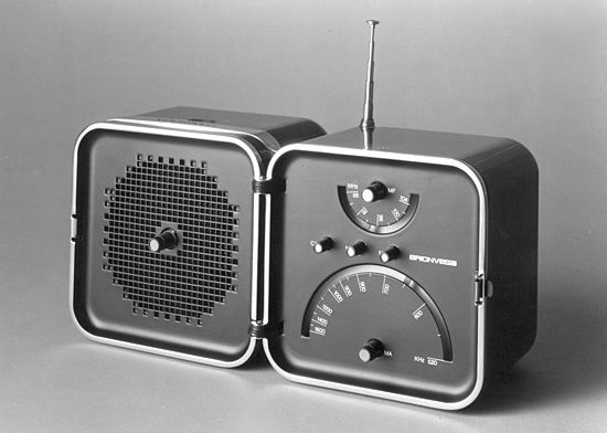 Richard Sapper TS502 clock radio