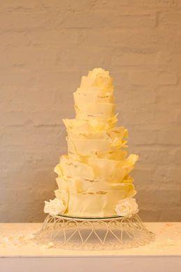 Drie witte chocolade bruidstaarten