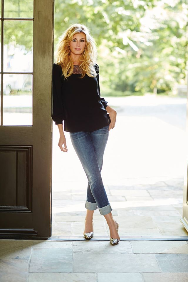 Faith Hill ♥                                                                                                                                                     More