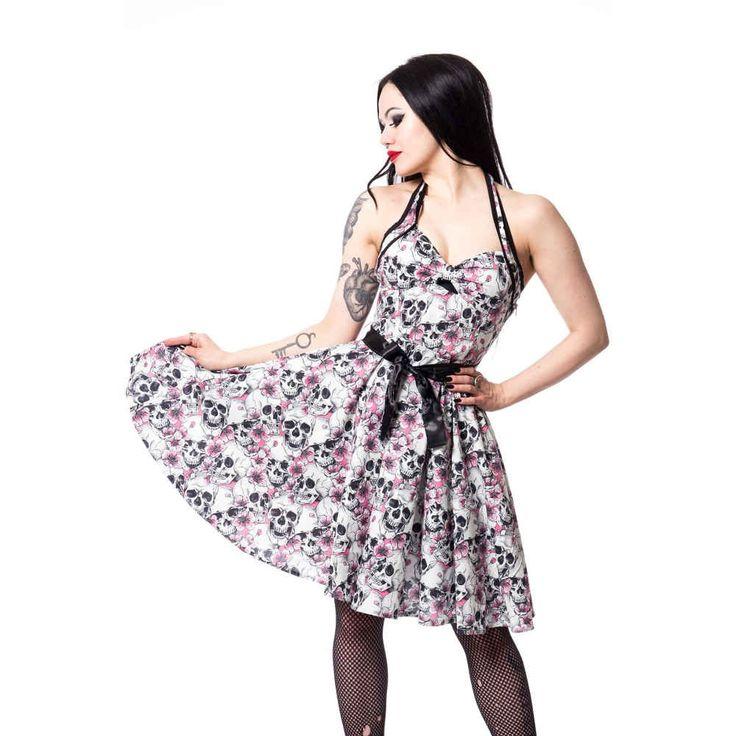 Rockabella. Vintage stijl halternek jurk met een stoere schedel print en roze bloesem.