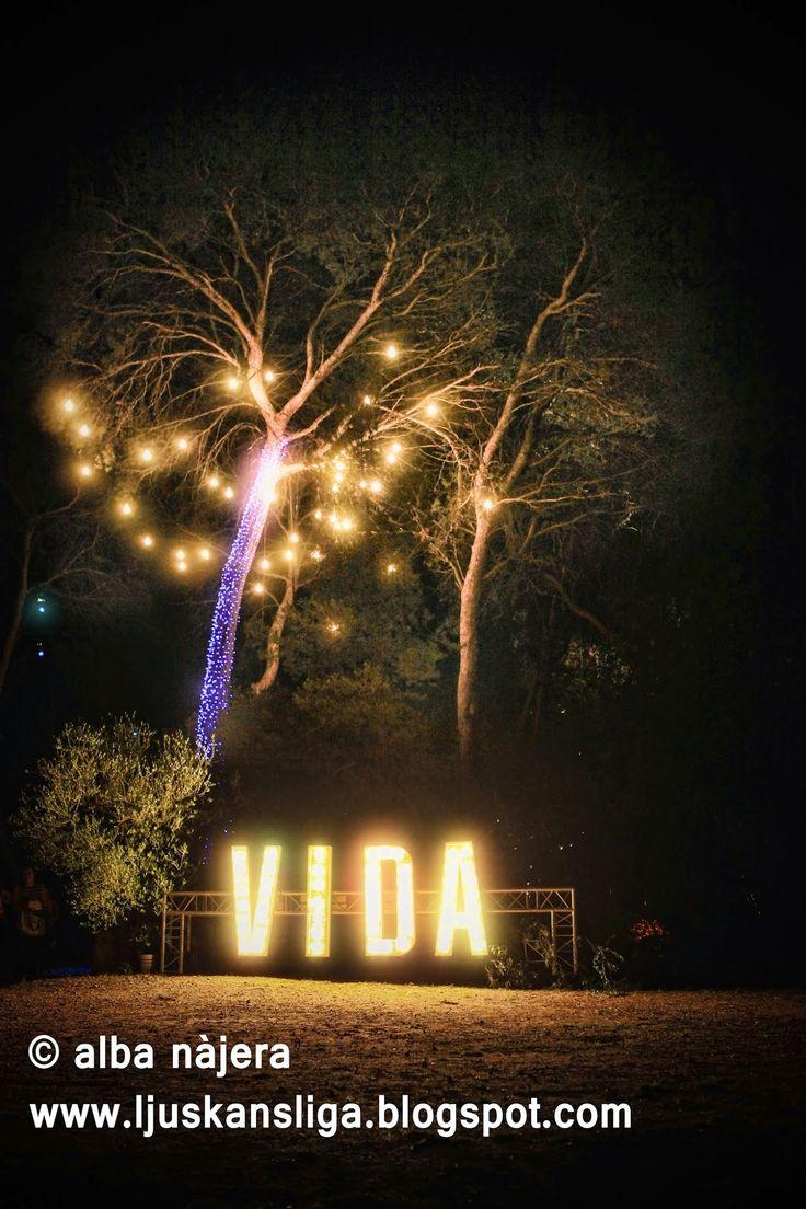 alba najera - lights light night forest diy VIDA FESTIVAL - Vilanova i la Geltrú (04.07.2014)