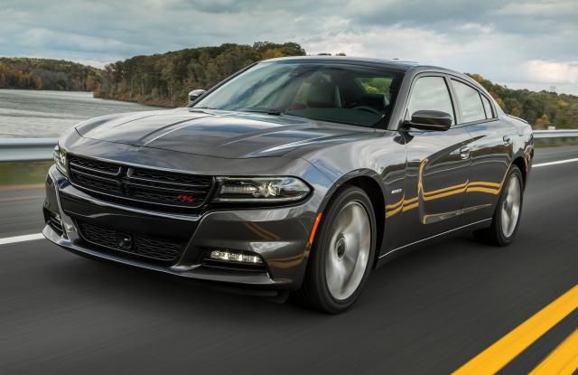 2015 Dodge Charger SXT: The DriveWays review: 2015 Dodge Charger