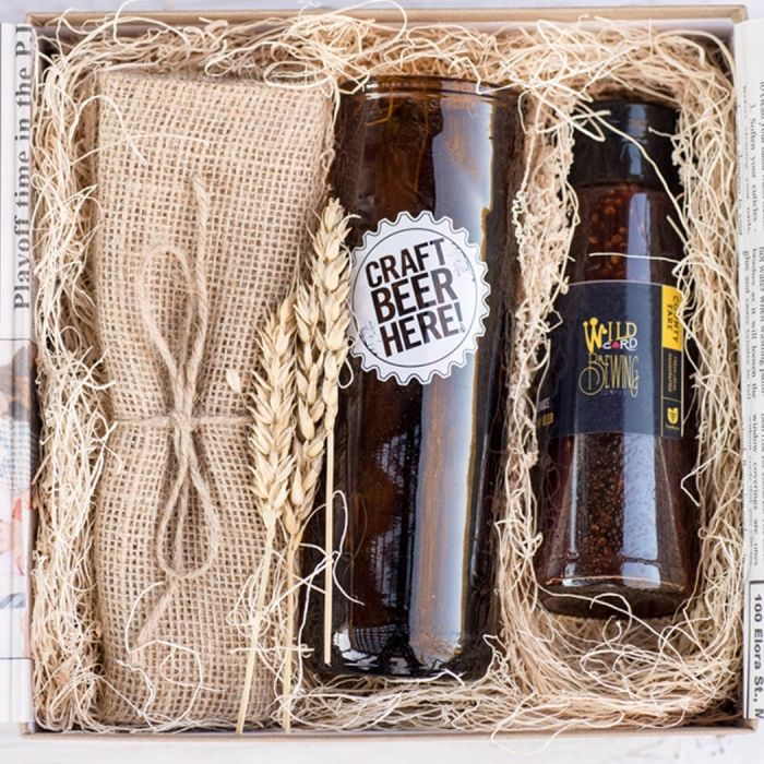 Made in Canada Gift Boxes for Your Wedding Party