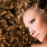 7 tips voor verzorging van krullend haar