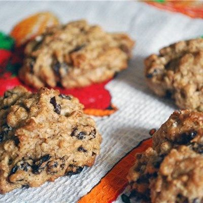 Oatmeal Raisin Cookies #BeyondDiet #Recipes