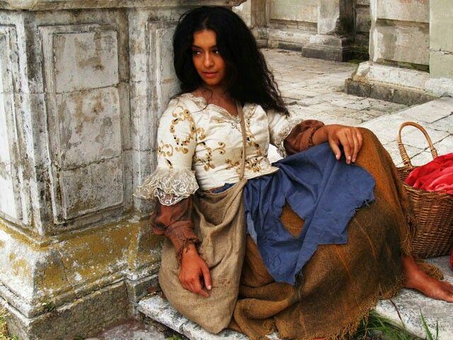 Esmeralda | aes: Fairytales | Gypsy, Gypsy girls, Gypsy women
