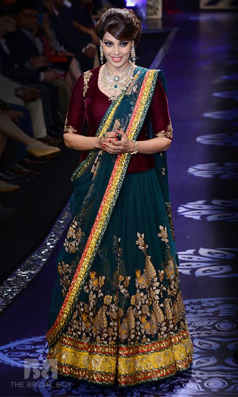 5 Trendy Neeta Lulla Bridal Lehenga Collection To Crave For