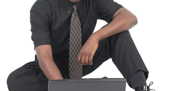 Cómo cambiar la contraseña en un documento compartido de Excel. Microsoft Excel 2010 permite compartir documentos de manera que varios usuarios puedan editar un libro al mismo tipo. La funcionalidad de uso compartido de Excel 2010 necesita que los usuarios tengan acceso a un libro compartido para introducir una contraseña si se ha asociado con el libro antes de que fuera compartido. No se puede cambiar o ...
