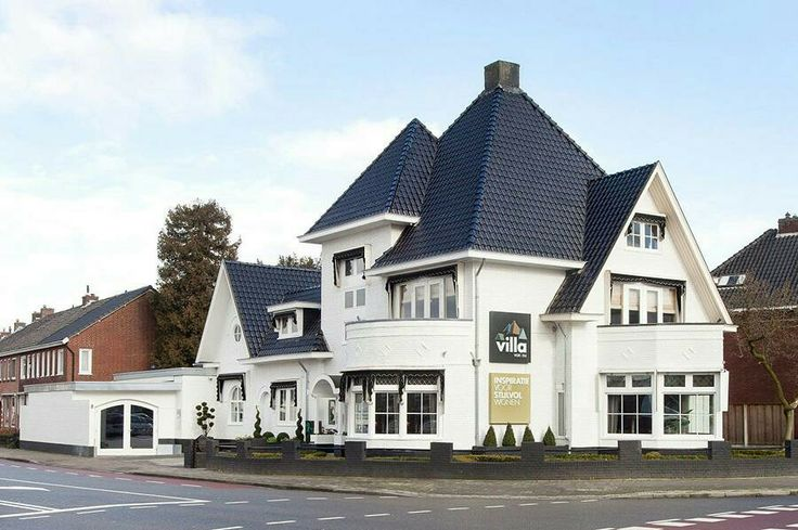 Nederland, Enschede, villa aan de Getfertsingel met de Kuipersdijk.