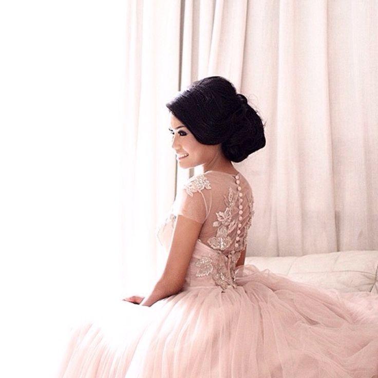 BELSBEE   Prom Queen   MYMUSE BY YOFI