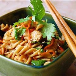 Resep Sarapan Salad Pasta Ayam Wijen