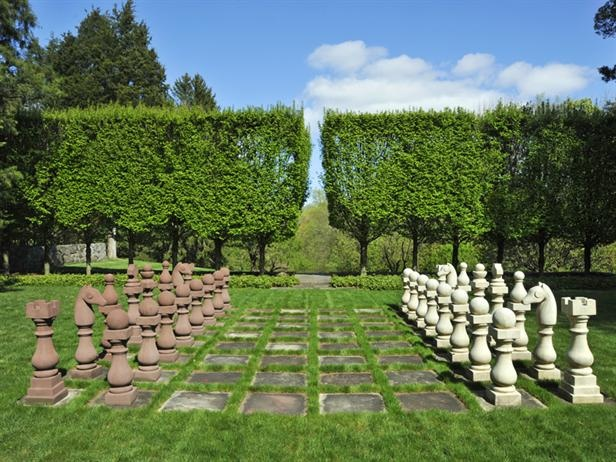 I love oversized chess boards. Neat visual! Mel Gibson's Garden Chess Board