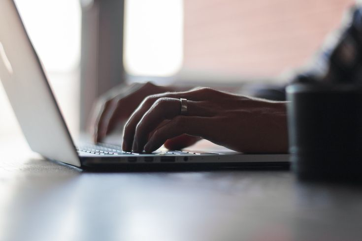 Links sind das A&O des Web, deswegen dürfen sie hiernicht fehlen. Das Journal verweist auf andere Seiten undBlogs, die sich mit ...