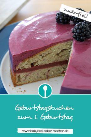Geburtstagskuchen für Babys zum 1. Geburtstag: Zuckerfrei, aber dennoch so lecker – ein Bananenkuchen mit Erdbeerfüllung und Brombeersahne!