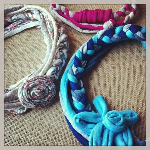 T-Shirt yarn necklace by Delimalimon Craft