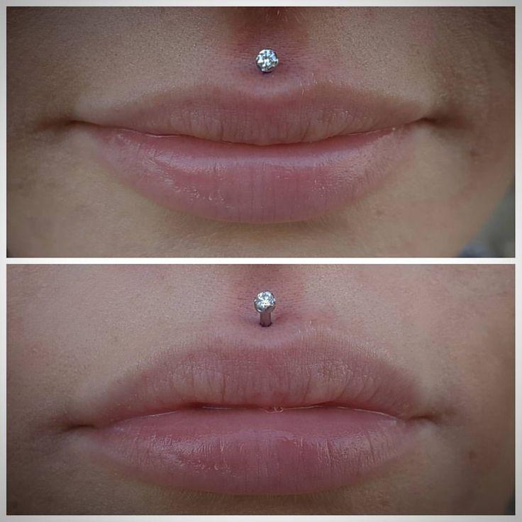 Fresh #philtrum piercing with #cz jewery from @anatometalinc #APP #APPMember #safepiercing #piercings #bodypiercing #philtrumpiercing #lippiercing #facialpiercings #awesomepiercings #uniquepiercings #allthepiercings #bodyjewelry #legitjewelry...