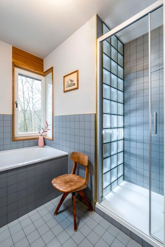 Gelebtes Bauhaus Im Mid Century Atelier In 2020 Bauhaus Altbau Sanieren Glasbausteine