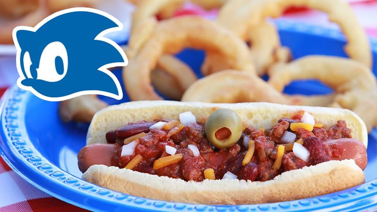 SONIC CHILI DOGS WITH GOLD ONION RINGS (or: http://www.fiction-food.com/2013/05/chili-dog-meal-from-sonic-hedgehog.html)