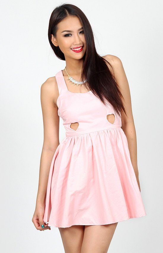 Party dresses, day dresses, mini dresses, maxi dresses, sexy dresses you name we have it. Huge range of styles in various colours. You'll be sure to find it here.