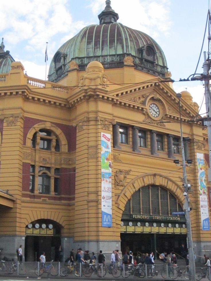 Flinders Street Station, Melbourne Australia