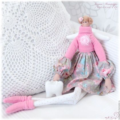 Купить или заказать Тильда 'Розовые сны' - зубная фея) в интернет-магазине на Ярмарке Мастеров. Тильда 'Розовые сны' - зубная фея) Нежная, романтичная, выполнена в бело - розовых тонах! Замечательный подарок для любимых! ____________________ Узнавайте о новых работах с помощью кнопки 'добавить в круг'. Добро пожаловать в мои круги!