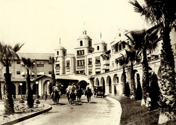 The Beverly Hills Hotel in 1920 #vintage #hotel