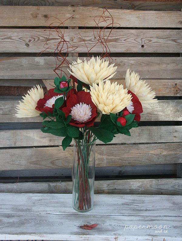 "Bouquet de Peony ""white cap"" y dalias ."