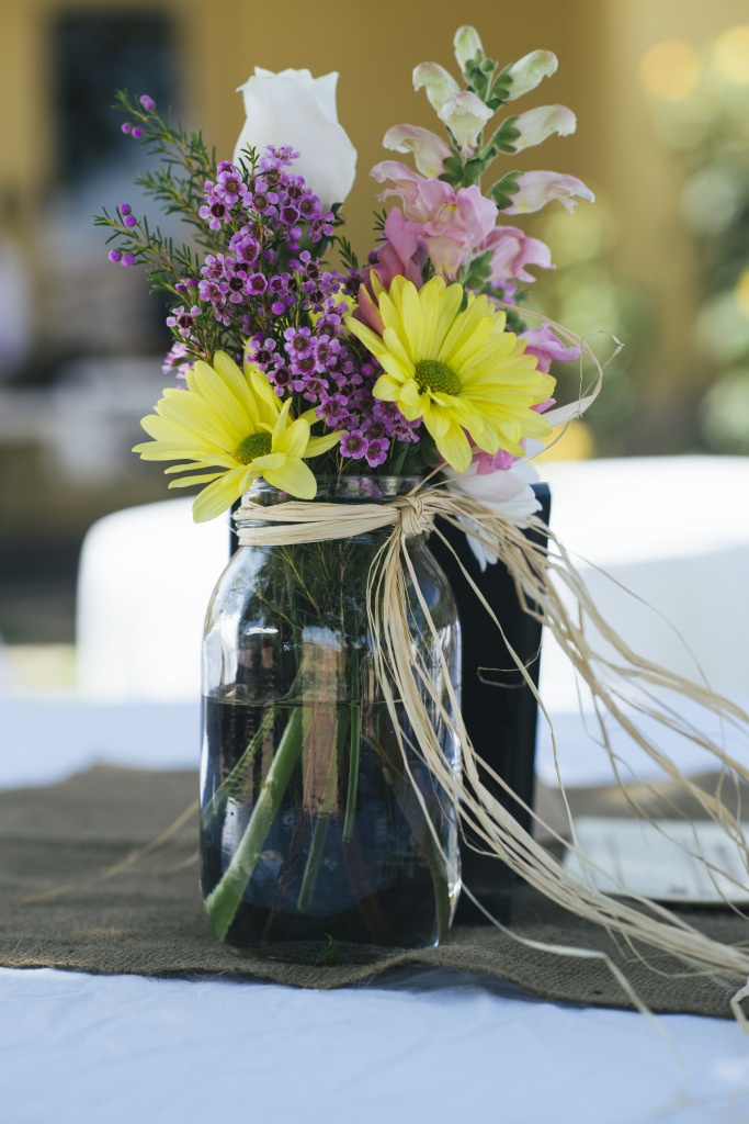 Maui s favorite things monday wedding bouquet table
