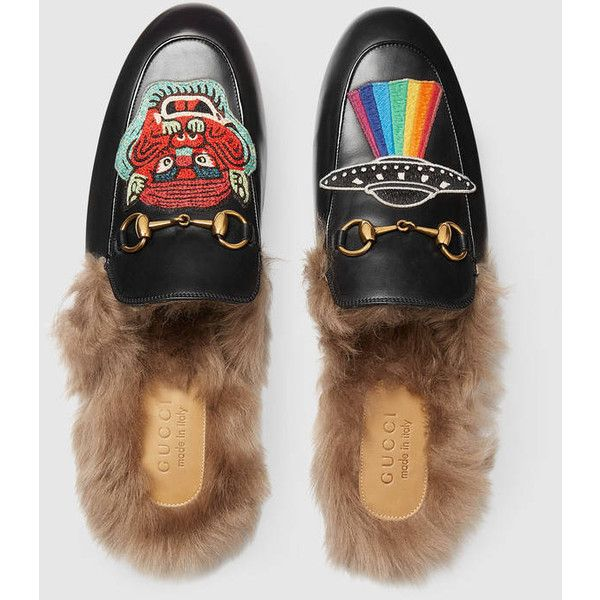 Gucci Princetown Leather Slipper With Appliqués ($940) ❤ liked on Polyvore featuring men's fashion, men's shoes, men's slippers, mens slippers, mens fur lined shoes, mens black leather shoes, mens leather slippers and mens shoes