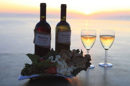 Sikinos island wine, Greece - selected by www.oiamansion.com