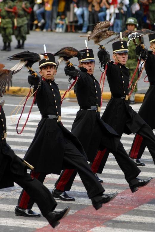Cadetes del Colegio Militar.Mexico en estado puro.