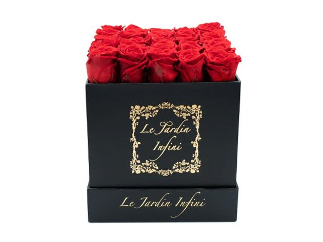 Send Your Love In This Box Of Long Lasting Roses Up To 1 Year With No Maintenance Required In 2020 Preserved Roses Emotional Gifts Rose