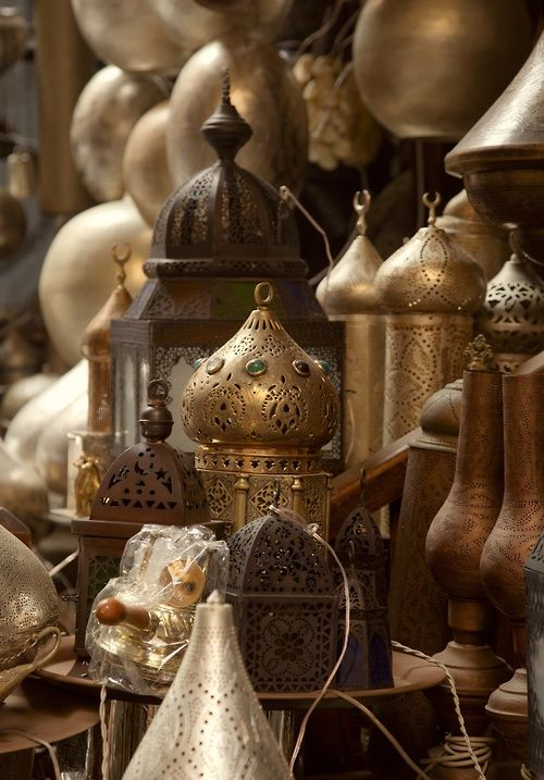 Best 25 arabian nights bedroom ideas on pinterest for Cairo outlet