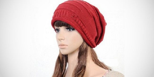 Great for winter, keeping your head wam from cold winter Stylish oversize beanie-style knit hat Keep your head and ears warm while looking chic Choose from red, cream, brown and gray One size fits most Matching your winter coat with the colour you like