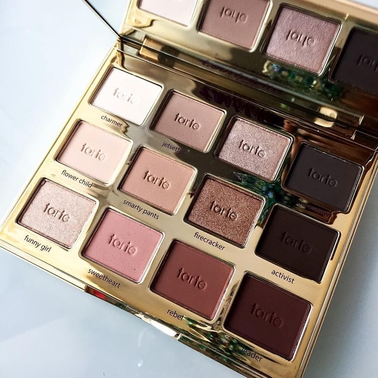 I have a friend with this palette and I have to say it is amazing. Especially for someone who uses these shades every day, it's really good for that use. I need to buy my own! #tarte
