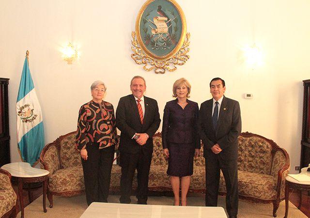 Presidente del OJ y de la CSJ se reúne con la Presidenta del Poder Judicial y el Embajador de Costa Rica