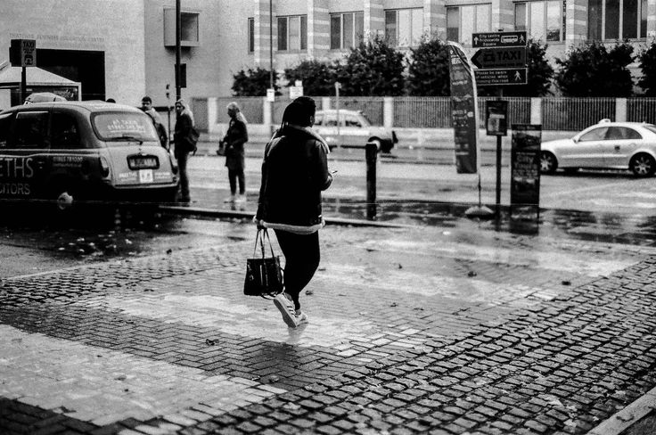https://flic.kr/p/Yg651m | The crossing, Oxford | Film hp5 at 1600 ISO camera Nikon f80 lens 50mm 1.8 d 31050014.jpg