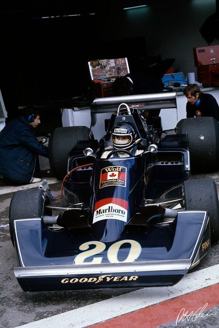 Jacky Ickx at the 1976 Spanish Grand Prix in the Wolf FW05